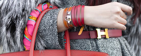 красный кожаный женский браслет